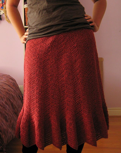 Herringbone Skirt by Elissa Sugashita/Knitscene Fall 2007